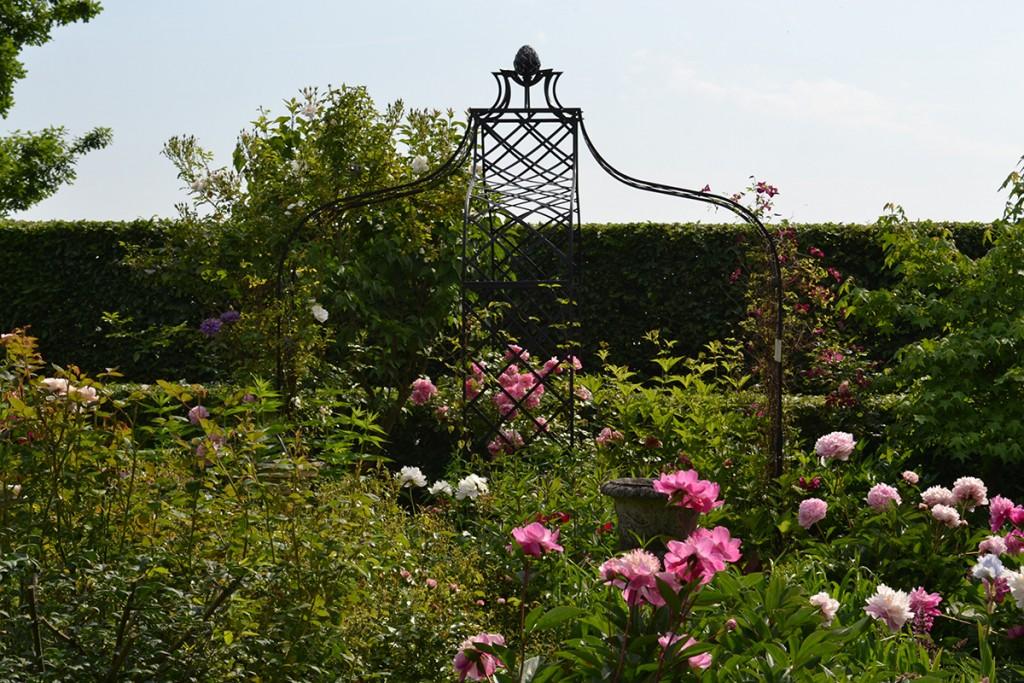 Kiftsgate Rose Pavilions